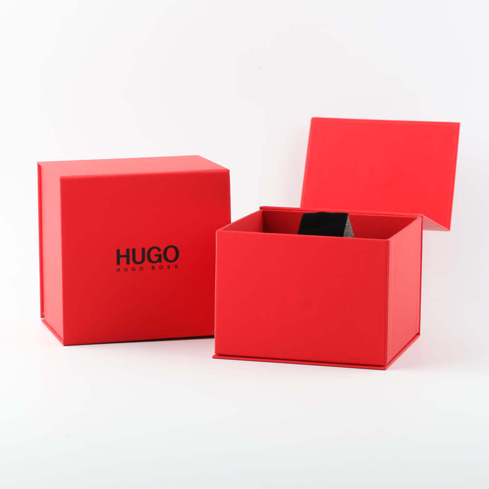 Modern black mens watch 秋冬 コレクション Hugo